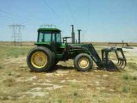 16 speed, w/Quickie Q980 loader and grapple, Runs Great