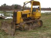 John Deere 450 E Crawler - Runs and Work Good! - tracks
