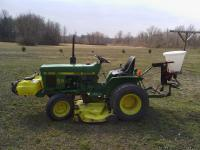 John Deere 650 tractor in excellent shape! 16hp 2