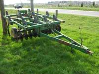 John Deere 714 Disk Chisel 7 tooth approx. 9ft working