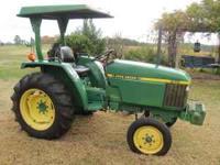 John Deere 870 tractor. 28 HP, 3 cylinder diesel, PTO,