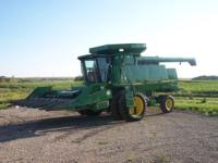 1996 John Deere 9600 combine equiped with duals, Green