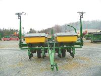 I am looking for a 4 row, John Deere 7200 Conservation