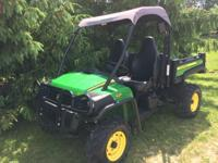 Very wonderful John Deere Gator 825i. Quite reduced hrs