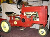 "This is a rare and hard to find JOHN DEERE LARGE ""60"""