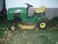 JOHN DEERE 108 RIDING LAWNMOWER IN GOOD CONDITION.