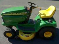 John Deere LT 133 Riding Lawn Mower Tractor 13 hp .