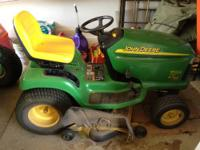 LT 190 John Deere Riding Mower. Mulch kit installed
