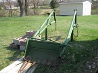 Manure loader for sale for a 2 cylinder John Deere.