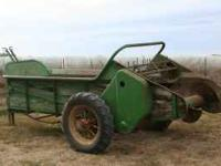 Model L Series 51 antique manure spreader, use as a