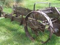 OLD John Deere manure spreader for parts, decoration,
