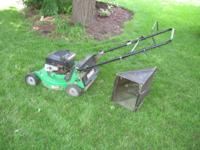 John Deere Sabre 5.5 HP walk behind push lawn mower,