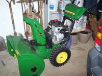 "John Deere 928 Snowblower 9HP 28"" cut - New $1499.00"