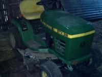 "John Deere STX 38 Mower, 13hp kohler engine, 38"" black"