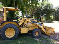 210 LE 900 hours 1 owner Front Loader and landscape