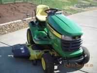 Like New condition John Deere X340 Lawn tractor with