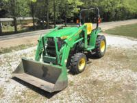 We are offering for sale a John Deere 4200, Hydrostatic