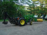 FOR SALE: 2001 John Deere 5320 4X4 This is an excellent