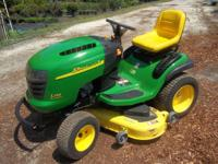 Like new John Deere Lawn Mower. this is a 2008 or 2009