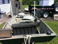14 foot flat bottom john boat with trailer, trolling
