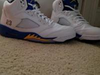 Size 11. Selling a pair of authentic Jordan Retro V