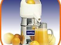 A BRAND NEW JUICER , WAS GIVING TO ME AS A GIFT TO MY