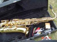 Hello - This is a very nice playing TENOR SAX ... it is