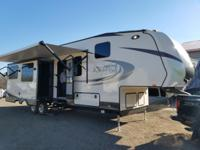 This brand New Starcraft (Solstice Lite) 5th wheel just