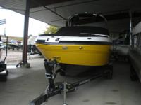 BEAUTIFUL ALL NEW REDESIGNED RINKER 236 CAPTIVA  8.2
