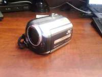 MINT CONDITION HDD VIDEO CAMERA SHOOTS IN HD AND CAN