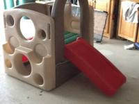 Step 2 brand kangaroo climber in excellent condition;