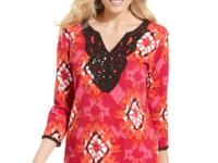 Karen Scott's printed tunic lends a global look to any