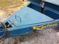 2007 KAUFMAN full diamond plate bed. Dovetail with the