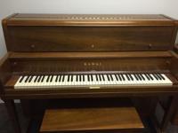 Kawai Upright Mahogany Piano & Bench This piano has