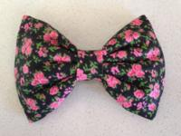 We sell a wide range of various kinds of hair bows from