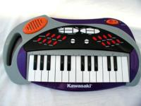 Kawasaki Electronic Keyboard 25 Keys, 8 Sound and 8