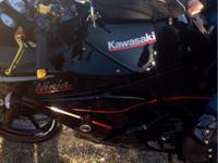 kawasaki ninja 250r con mas de 2,500dls en accesories