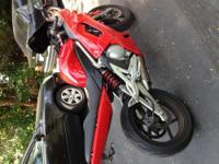 I have a nice Kawasaki ninja 650r for sale! 2007 with