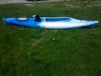 This is a just about new Patriot Kayak with paddle. In