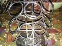 Type:KitchenType:Accessories Holds 24 cups, spins in