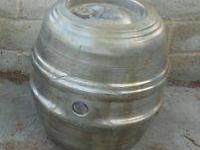keg gas tank SS steal has dents  gas fittings welded