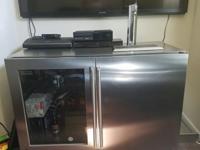 Kegerator, half refrigerator 1/2 kegeratora few