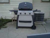Sears Kenmore 3 burner BBQ grill. Has side burner as