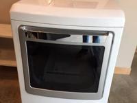 Kenmore Elite electric steam dryer. Model #796.6927.