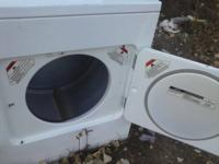 KENMORE HEAVY DUTY DRYER  EXTRA LARGE CAPACITY  IS IN