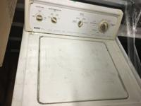 Kenmore 80 Series Washer works great and have hoses. I
