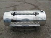 2 120 Gallon Kenworth Fuel tanks with wide straps,
