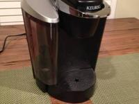 Like New, mint condition .   Keurig B60 Brewer Machine