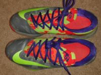 KD nike ZOOM ..used but good condition. rarely wore it.
