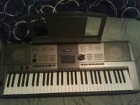 Yamaha keyboard in great condition only used twiced